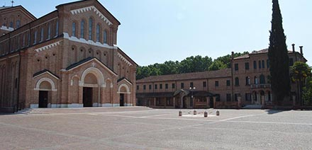 Realizzazione pavimentazione Sagrato della Chiesa di Monastier