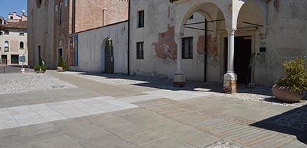 Realizzazione pavimentazione Via Santa Chiara a Treviso